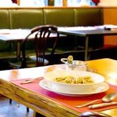 中学英語でOK! レストランで使える簡単6フレーズ
