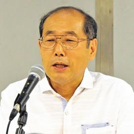 <桐谷さん講演会関連画像>株主優待の魅力について熱く語る桐谷氏