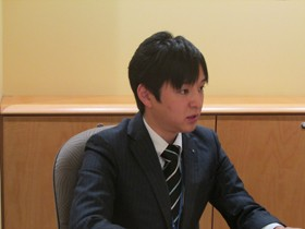 【画像】インタビューに答える伊藤高さん