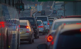 【画像】渋滞している道路