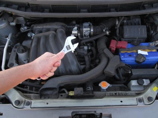 自動車保険のロードサービス サービスの種類とJAFとの違い