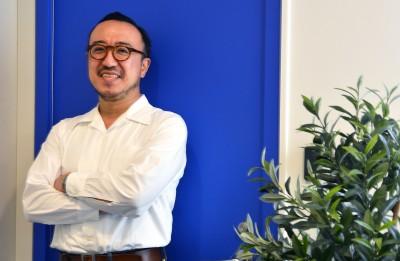 た株式会社スーパーデューパーCEOの鈴木知行氏