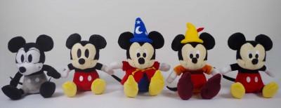 展覧会限定ぬいぐるみ:\1,620(税込)(C)Disney