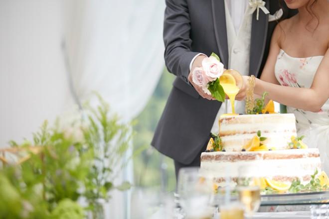 参列経験がなく結婚式のイメージができない人も(提供:ベスト-アニバーサリー)