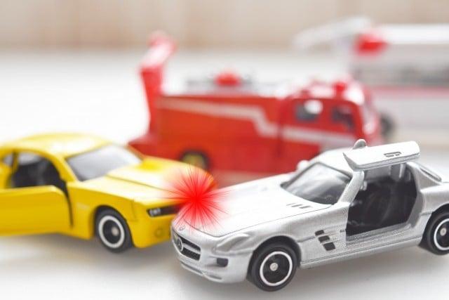 交通事故発生時にすべき初期対応とは